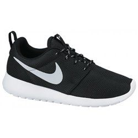 Кроссовки Nike WMNS ROSHERUN